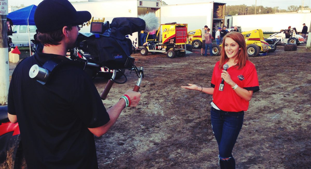 Pit Reporting at AMSOIL USAC National Sprint Cars in Ocala