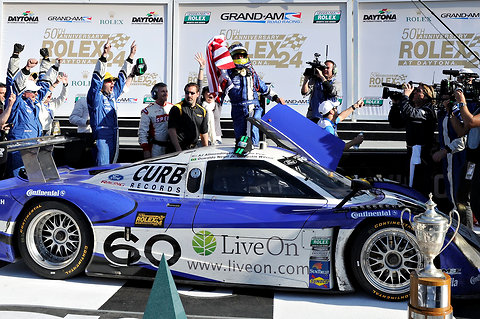 Ford sweeps Rolex 24 at Daytona